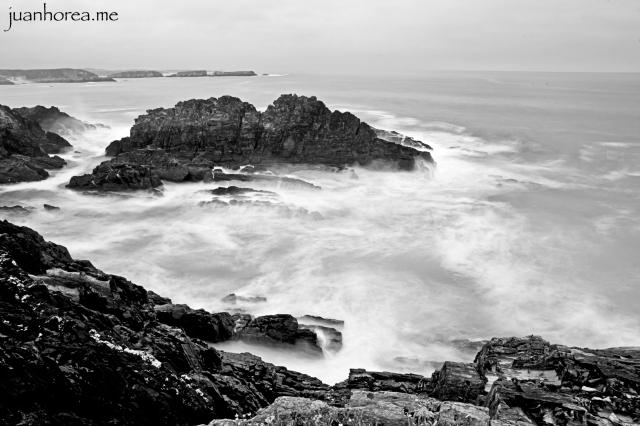 Aún estando la tarde gris, el mar estaba muy vivo y divertido! Punta Campón, Tapia de Casariego, Asturias